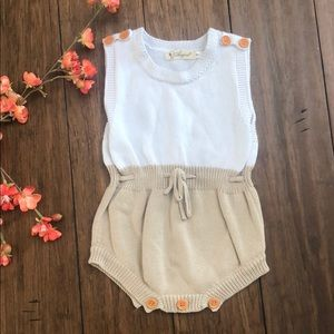 🎟 white and tan knitted romper